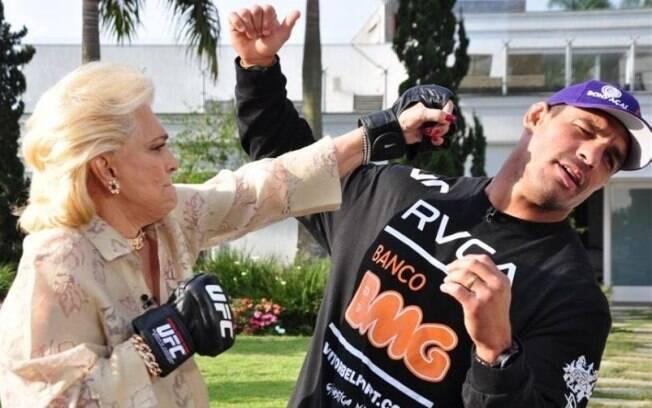 Hebe Camargo e Vitor Belfort gravaram entrevista na casa da apresentadora em agosto do ano passado