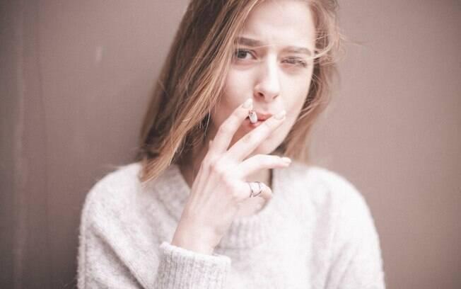 Parar de fumar ajuda a pessoa a conseguir melhor condicionamento físico e, assim, alcançar melhor definição. Ter mais disposição também ajuda a pessoa a se empenhar mais na atividade e conseguir mais endorfina e sensação de bem estar