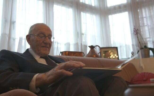 Goldberg é um dos sobreviventes do Holocausto e vê com pessimismo a extrema-direita: