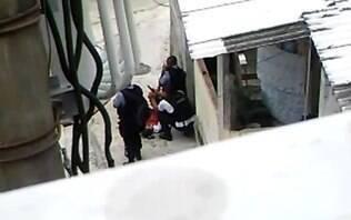 Três dias após jovem morrer, Bope posta vídeo com menores atirando - Brasil - iG