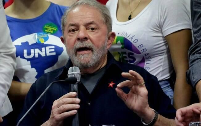 O ex-presidente Luiz Inácio Lula da Silva durante pronunciamento no diretório nacional do PT