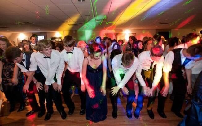 Proms são ocasião marcante da vida dos estudantes secundaristas americanos