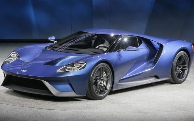 O superesportivo  Ford GT, com mais de 600 cv, foi uma das atrações do Salão de Detroit em janeiro de 2015