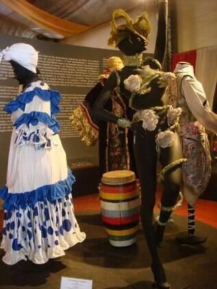 Diversas tradições do carnaval local podem ser conhecidas no museu
