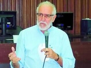 """Missão. Apolo é uma espécie de """"porta-voz"""" de Marina Silva em Minas, concentrando ataques ao PSDB"""