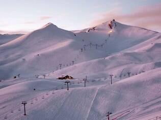 Esqui e snowboard para diferentes níveis de habilidade