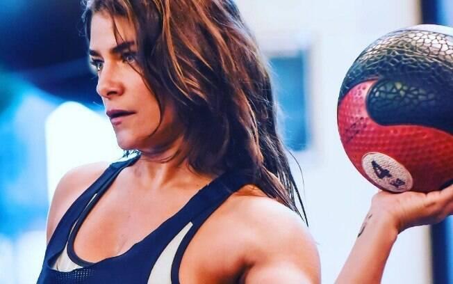 Priscila Fantin utiliza as redes sociais para compartilhar registros de seus novos hábitos fitness