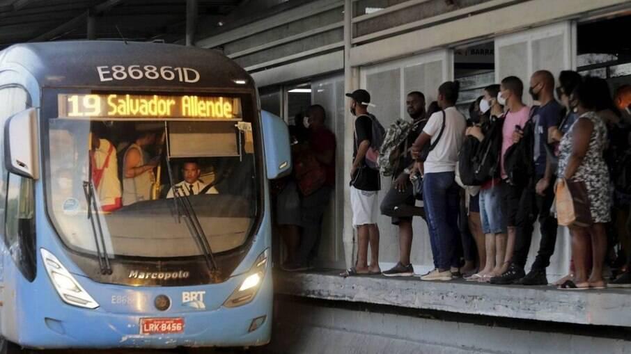 Apenas 199 veículos circularam pelos corredores do BRT em janeiro