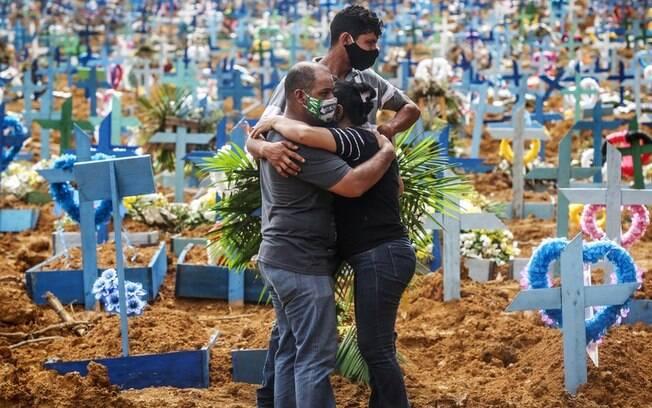 Raio-x da pandemia: o Brasil que Queiroga recebe de Pazuello