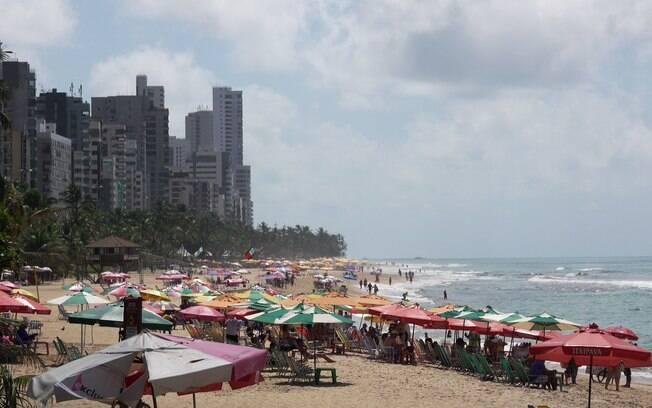 A praia da Boa Viagem é um ponto turístico cheio de agito e com muitas atrações