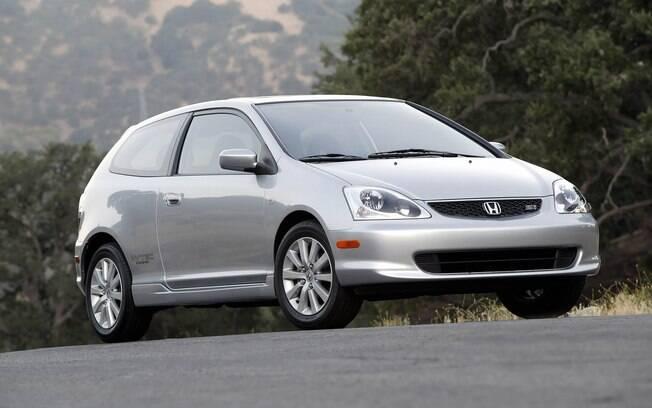 Honda Civic Si da sétima geração tinha motor 1.6 de 163 cv e não chegou a ser vendida no mercado brasileiro