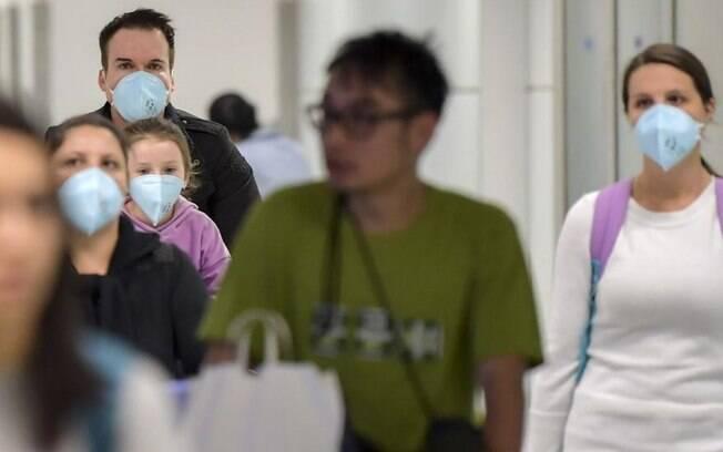 Na China, os índices acionários registraram o pior mês desde maio do ano passado, com o avanço do coronavírus no mundo