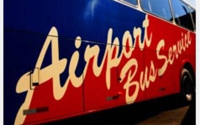 Existem diversos ônibus que levam ao Aeroporto de Guarulhos.