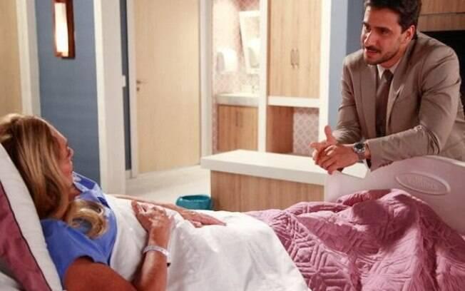 Pilar (Susana Vieira) teve uma crise de apendicite e precisou ser operada às pressas