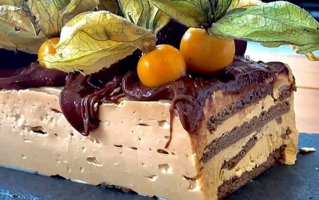 Torta de doce de leite com caf e Nutella