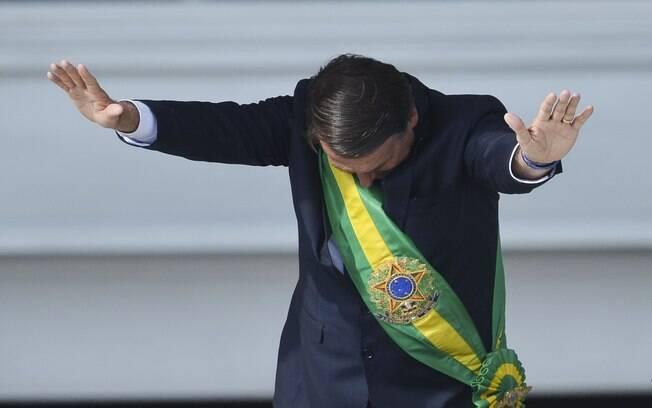 Parecer da AGU sobre decreto de Bolsonaro para o porte de armas foi enviado à ministra Rosa Weber, do STF