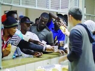 Prefeitura de SP demorou a ajudar os haitianos vindos do Acre