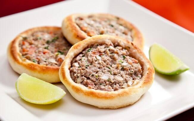 Foto da receita Esfiha de carne do Arábia pronta.