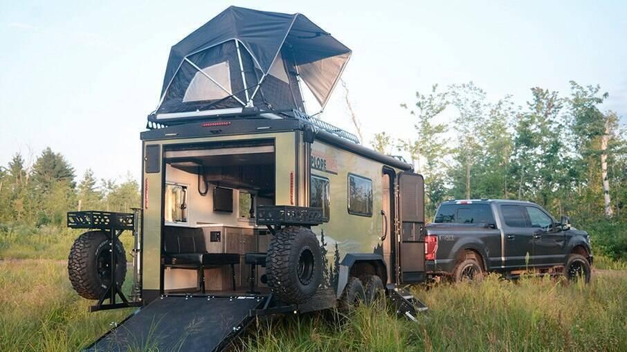 O trailer Trailer XploreRV foi pensado para pescadores e excursionistas para ser usado em temperaturas mais baixas e de muita neve.