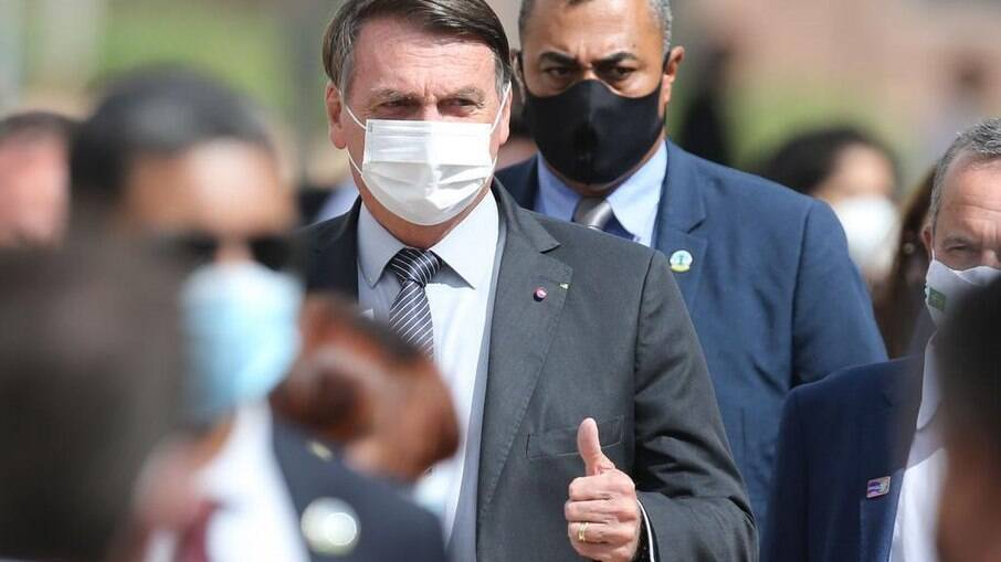 Quase 50% apoiam impeachment de Bolsonaro, enquanto 46% são contra