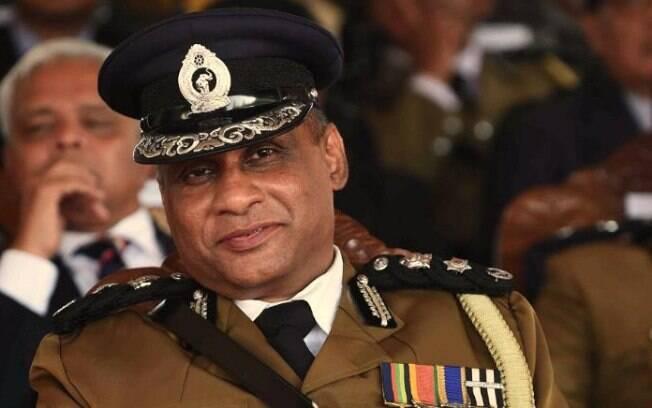 Presidente do Sri Lanka anunciou novo chefe de polícia, mas atual comandante do cargo disse que não sairá