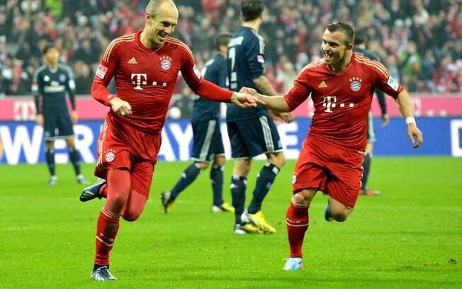 Holandês Robben vibra com seu gol na goleada  do Bayern de Munique sobre o Hamburgo