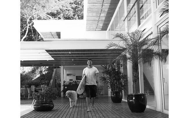 Cauã Reymond é um dos famosos que dá preferencia à arquitetura dos Jacobsen. Foto da Wish Casa