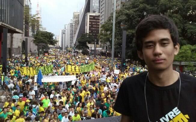 O co-fundador do Movimento Brasil Livre, Kim Kataguiri, no ato do dia 15, na Avenida Paulista