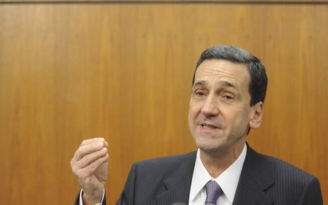 Falcão foi citado por Delcídio no âmbito das investigações do esquema de corrupção da Petrobras