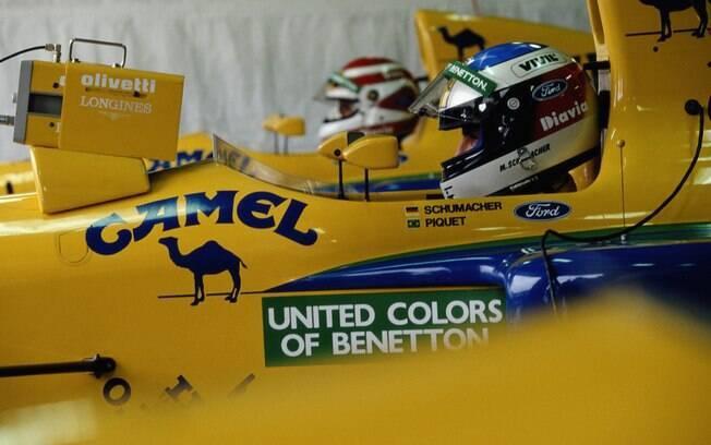 O alemão foi contratado pela Benetton e fez dupla com Piquet (ao fundo). Foto: Getty Images