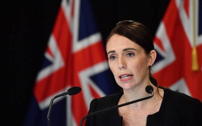 Jacinda Ardern adotou medidas como restrição de circulação da população e de fronteiras para frear casos e mortes na Nova Zelândia