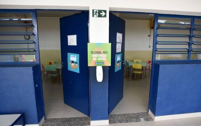 Devisa confirma quatro surtos de covid-19 em escolas de Campinas