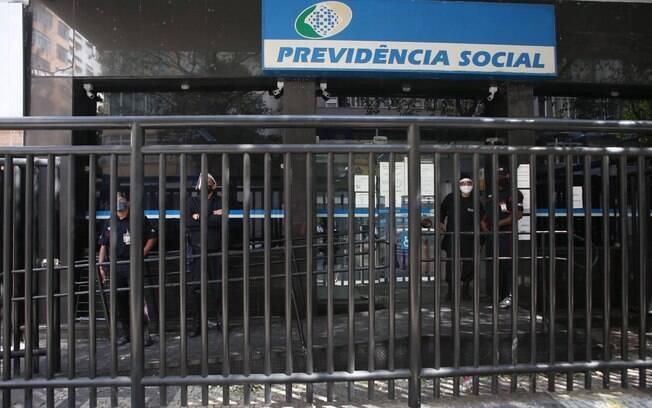 Uso de precatórios para bancar o Renda Cidadã poderia prejudicar os aposentados do INSS