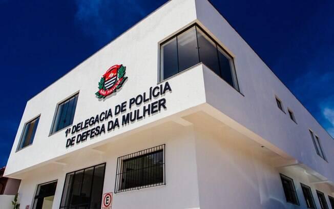 A delegada Vilma Alves conta que o policial deve responder em liberdade.