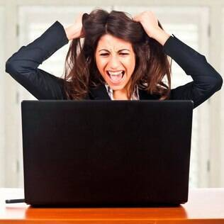 Excesso de e-mails torna o trabalho mais estressante e menos produtivo