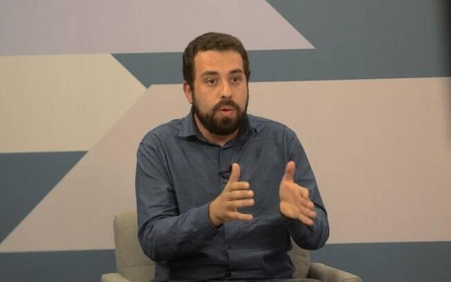 Candidato do PSOL a presidência da República, Guilherme Boulos defende mais investimentos em infraestrutura para diminuir o desemprego