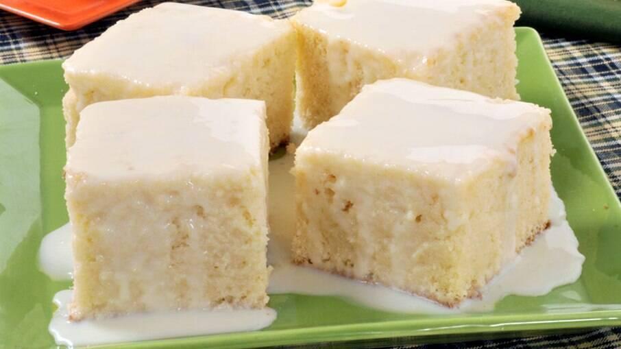 Aprenda a fazer esse bolo 3 leites para o café da manhã ou café da tarde