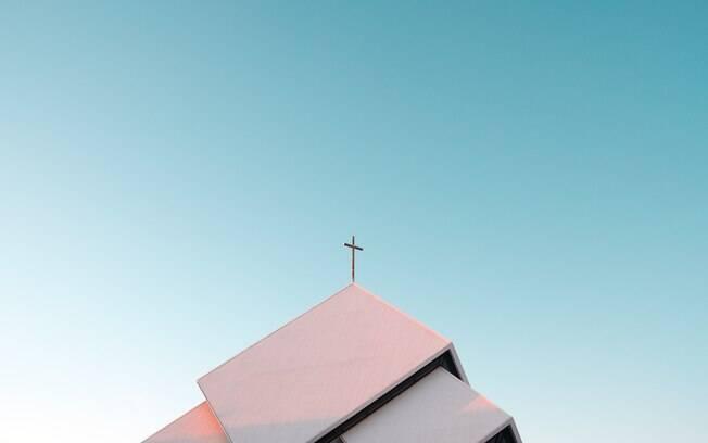 Igreja terá que pagar indenização a ex-funcionária