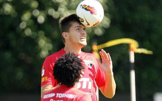 Rafael Toloi e Douglas não treinam e ficam fora contra Bahia - Futebol - iG