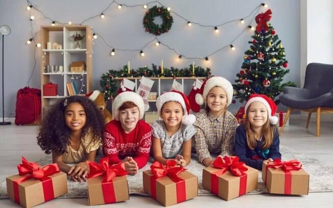 Crianas no Natal: como incluir os filhos nas preparaes dos presentes