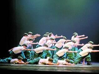 Cena. Grupo Andreia Mendes ficou em segundo lugar entre danças urbanas com 'Linha de Frente'
