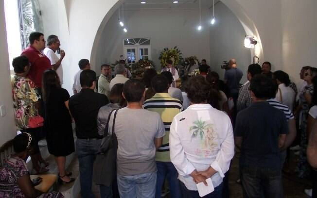 Missa em homenagem a Joãozinho Trinta: somente 30 amigos e familiares e 20 jornalistas
