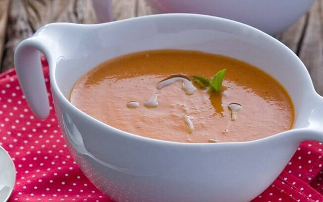 Foto da receita Creme de tomate rápido com manjericão pronta.