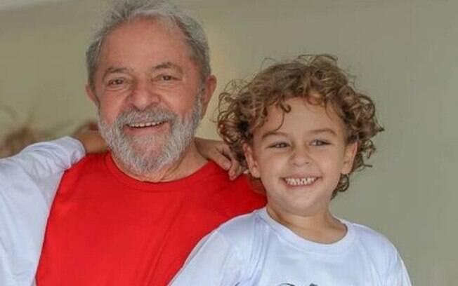 Políticos e pessoas públicas têm usado o Twitter para prestar condolências a Lula pela perda do neto Arthur, de 7 anos