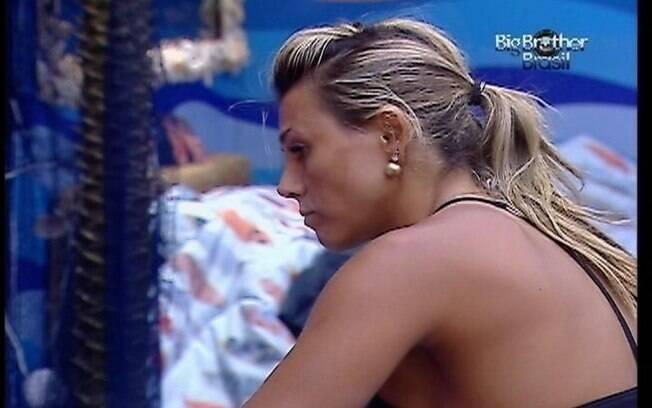 Fabiana ficou chateada após perder a Prova do Líder