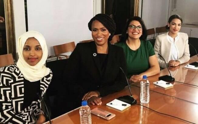Deputadas criticadas por Trump, da esquerda para a direita: Ilhan Omar, Ayanna Pressley, Rashida Tlaib e Alexandria Ocasio-Cortez