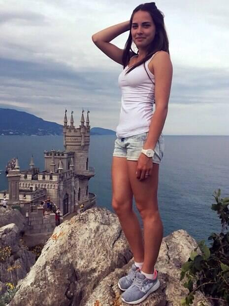 Anastasia Bryzgalova é conhecida como Angelina Jolie russa. Ela levou bronze em Pyeongchang