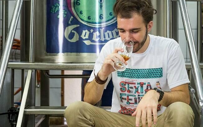 Carlos Lima, sommerlier de cerveja e sócio do Social Beer