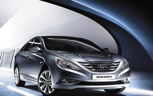 Hyundai Sonata envelheceu pouco na comparação com outros sedãs da época