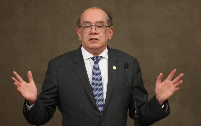 Presidente do TSE, Gilmar Mendes afirmou nesta sexta-feira que o Brasil atravessa a